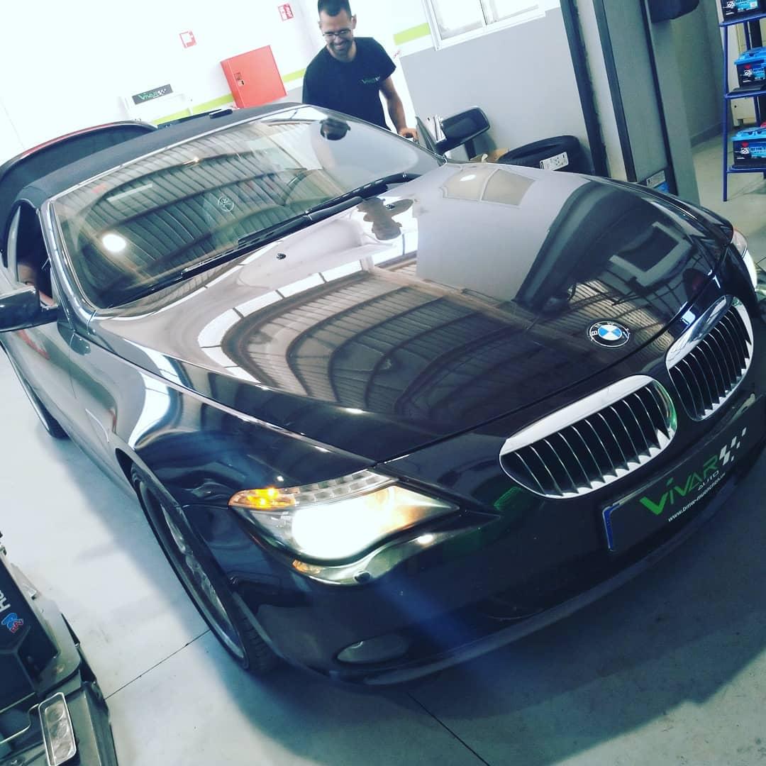 A David le flipa este BMW 650 V8